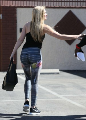 Willow Shields in Tights at DWTS Rehearsal Studio -42