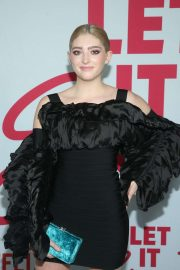 Willow Shields - 'Let It Snow' Premiere in Los Angeles