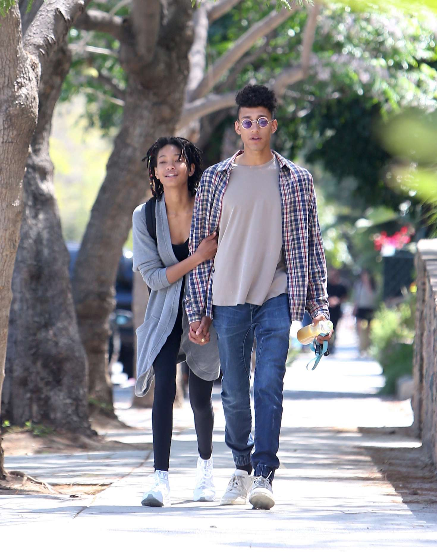 willow smith and her boyfriend tyler cole out in los
