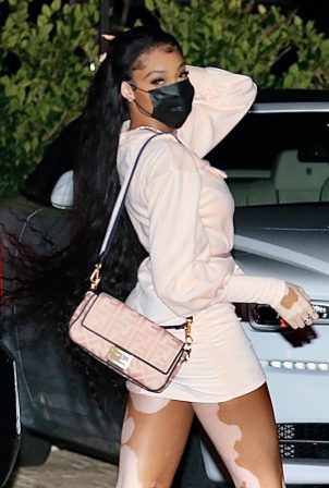 Winnie Harlow - Night out to dinner at Nobu in Malibu