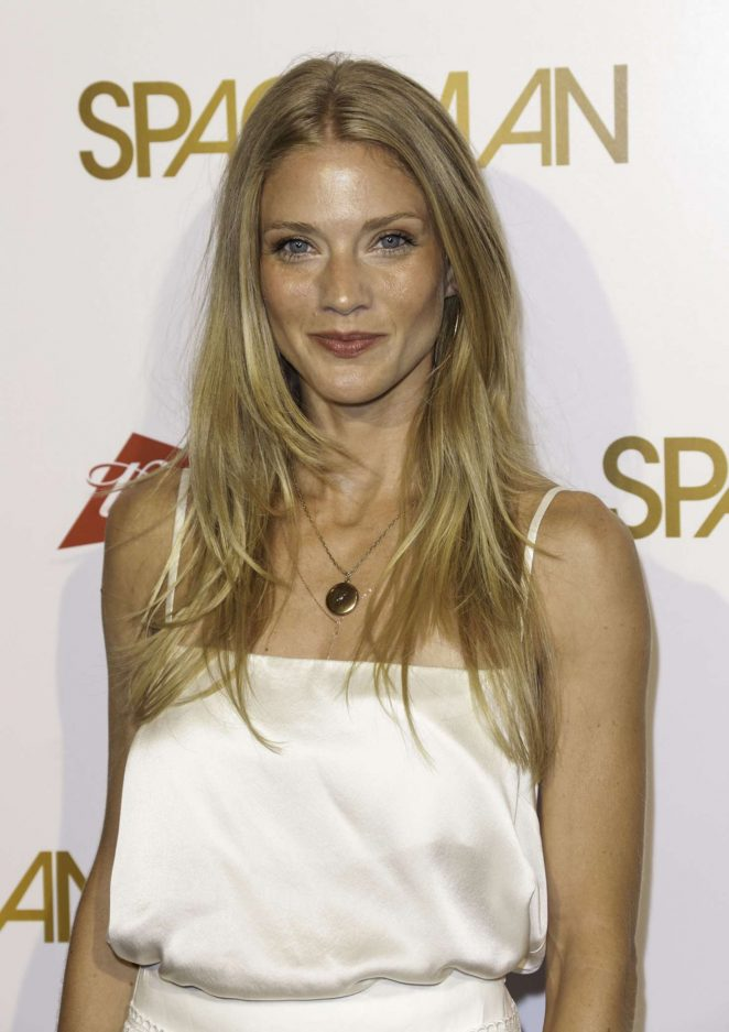 Winter Ave Zoli – 'Spaceman' Premiere in West Hollywood
