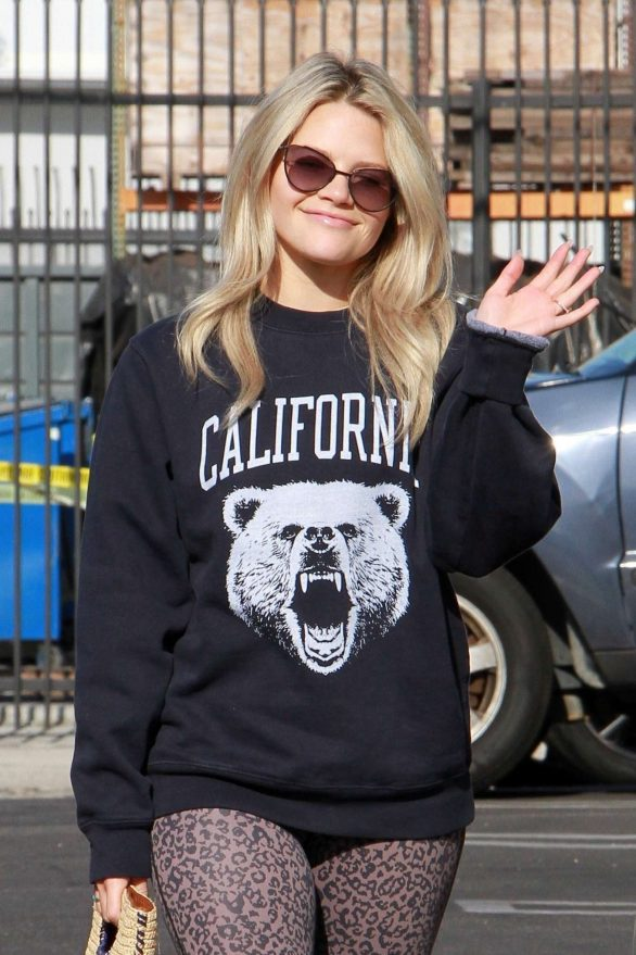 Witney Carson - Arriving at the DWTS dance studio in Los Angeles