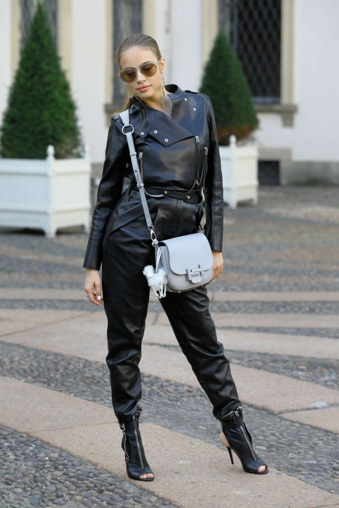 Xenia Tchoumitcheva – Arriving at the Tod's Fashion Show in Milan