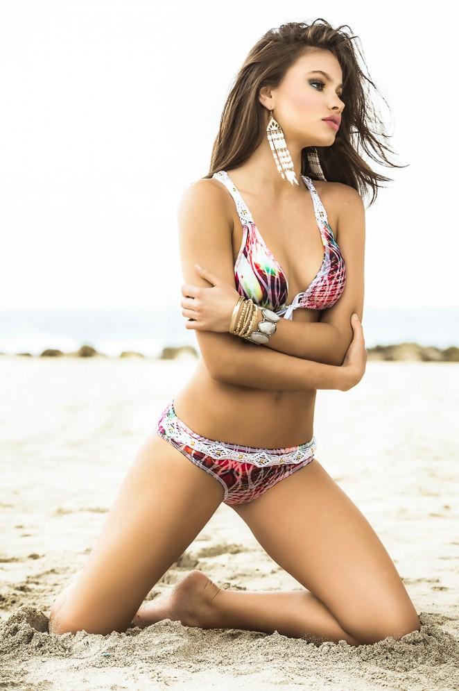 Yara Khmidan: Mar de Rosas Swimwear 2016 -22