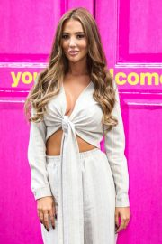 Yazmin Oukhellou - 2019 MTV Cribs UK Photocall in London