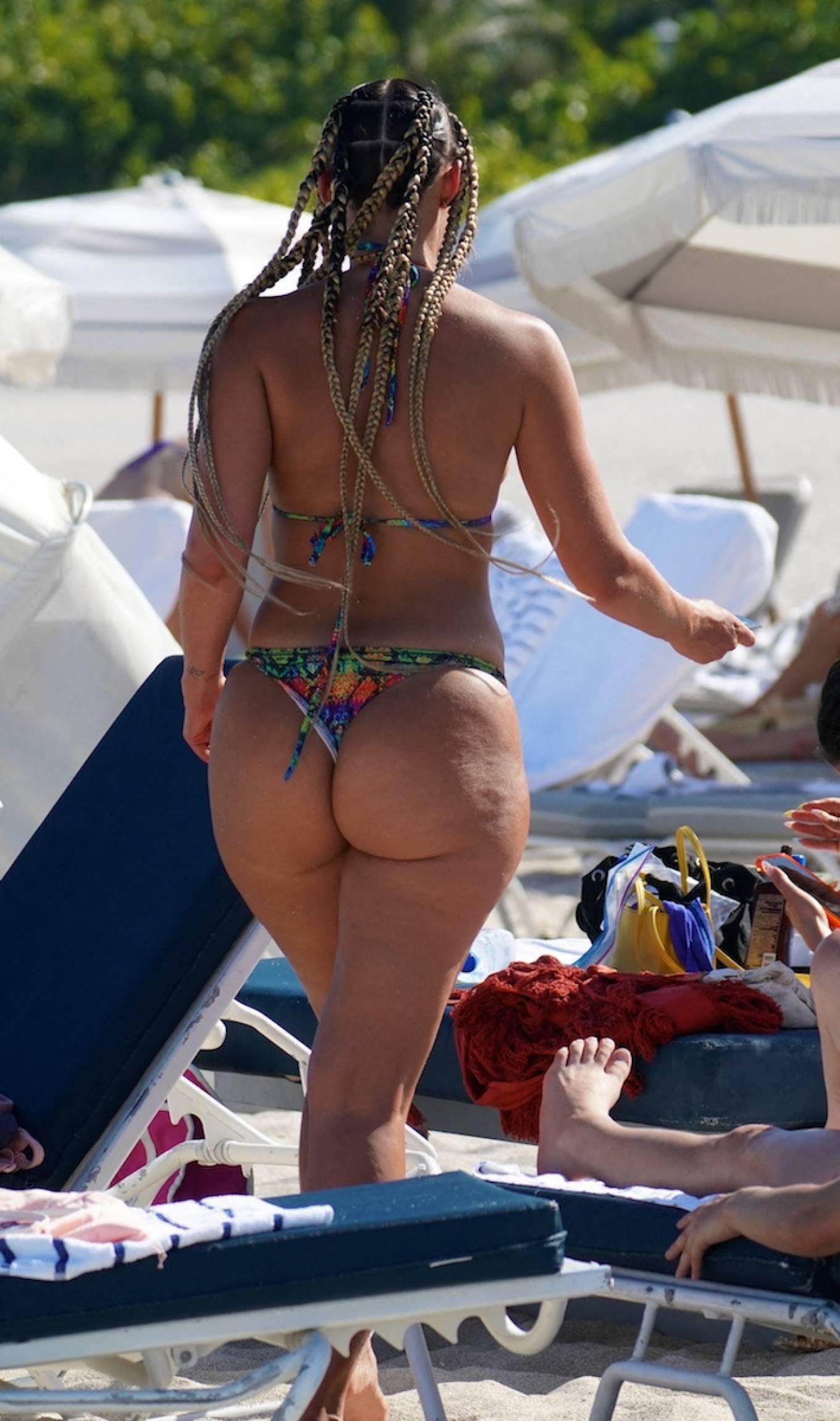 YesJulz 2021 : YesJulz – In a bikini at the beach -10