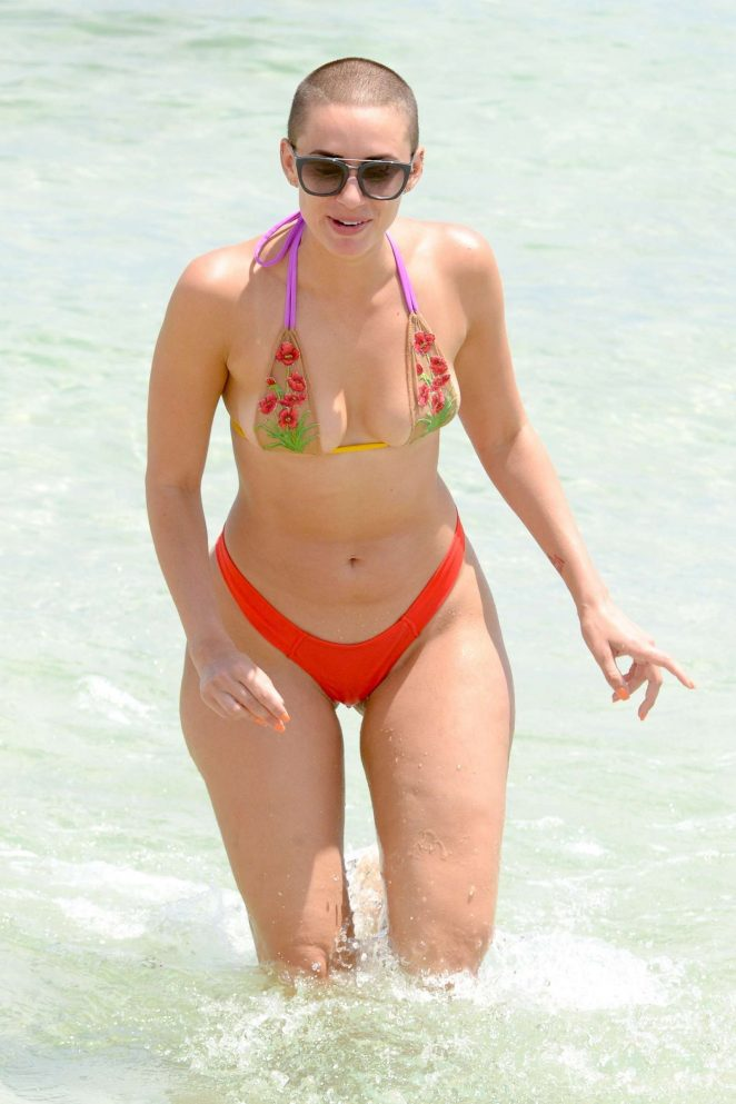 YesJulz in White Bikini on the beach in Miami Pic 25 of 35