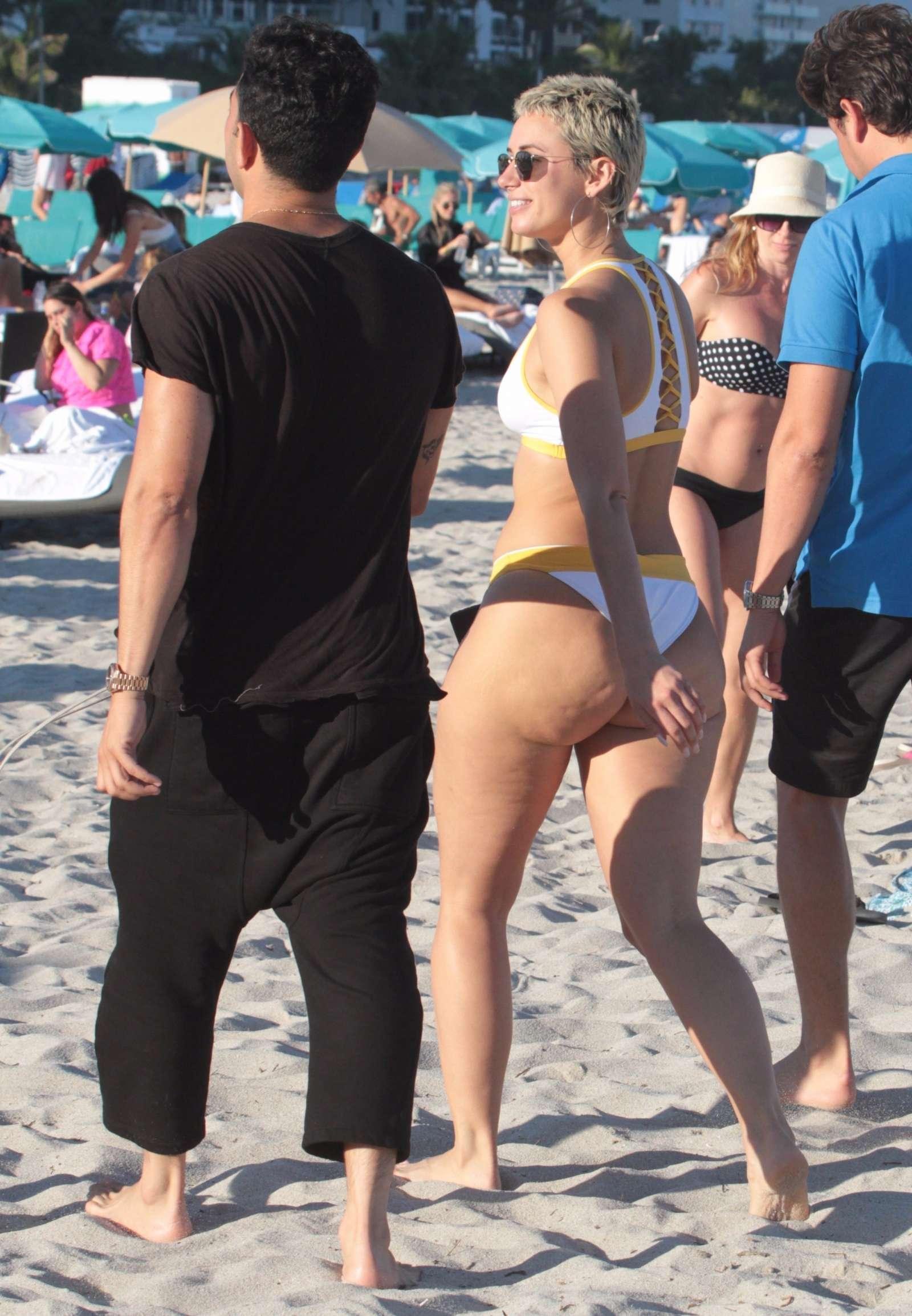 YesJulz in White Bikini on the beach in Miami Pic 33 of 35