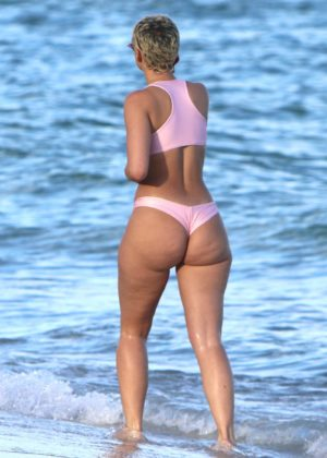 YesJulz in Pink Bikini in Miami Beach Pic 8 of 35