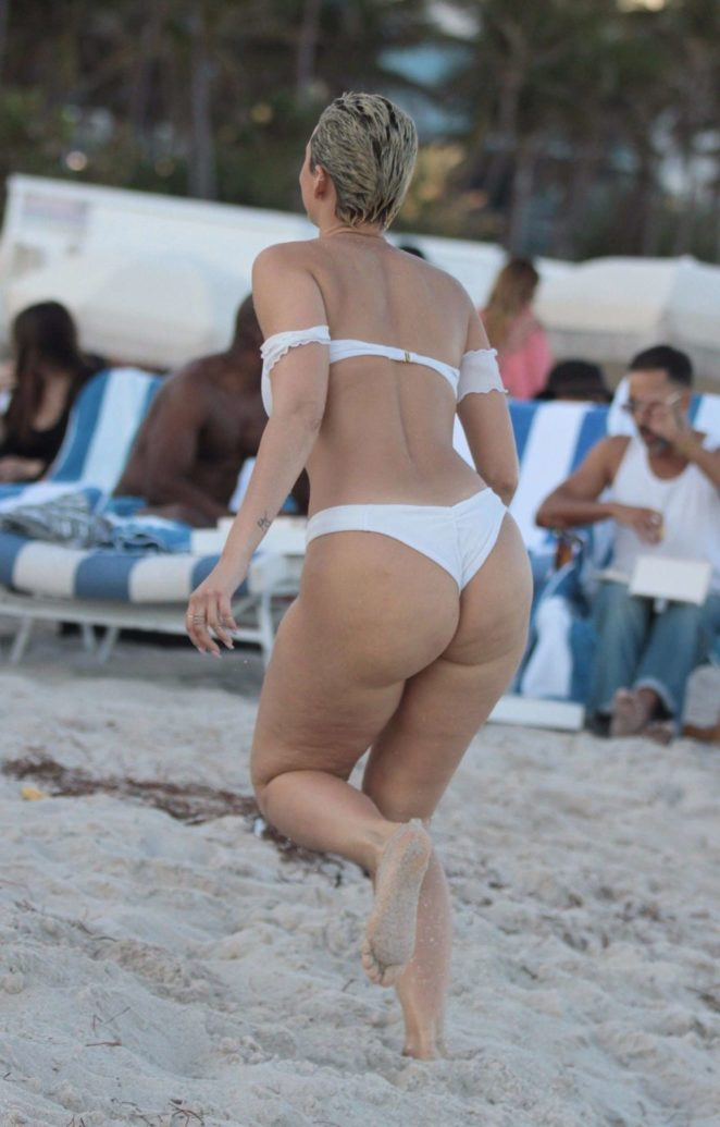 YesJulz in White Bikini 2017 -26