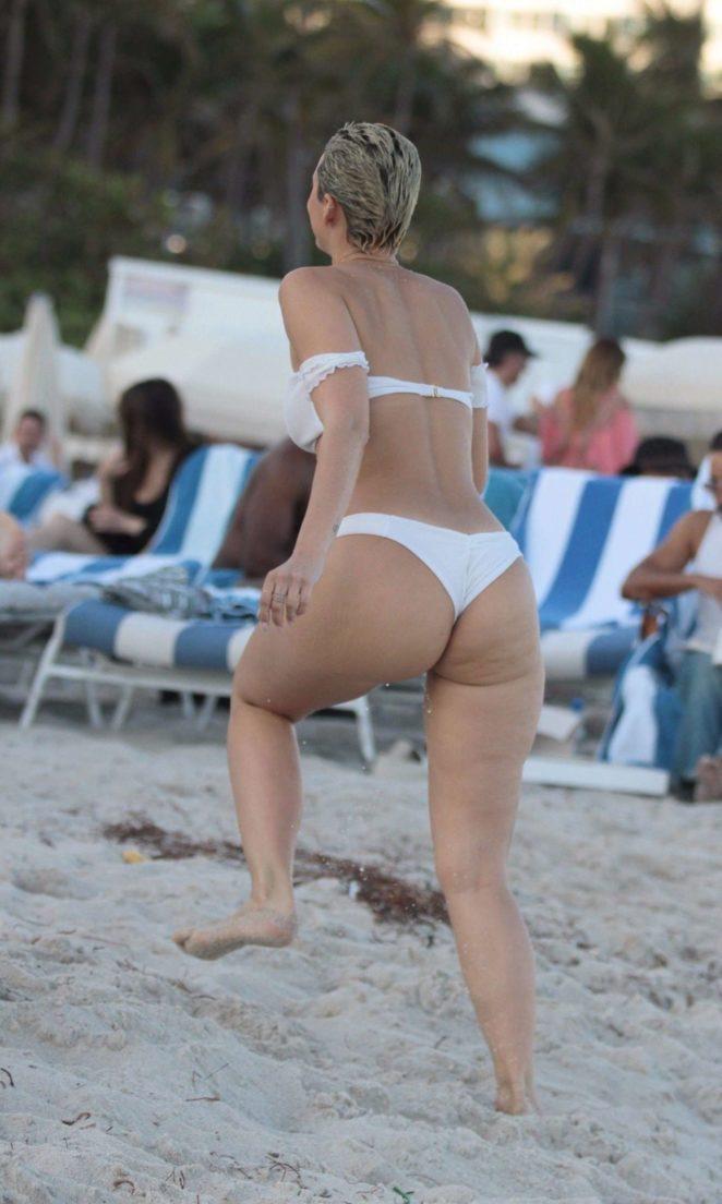 YesJulz in White Bikini 2017 -75