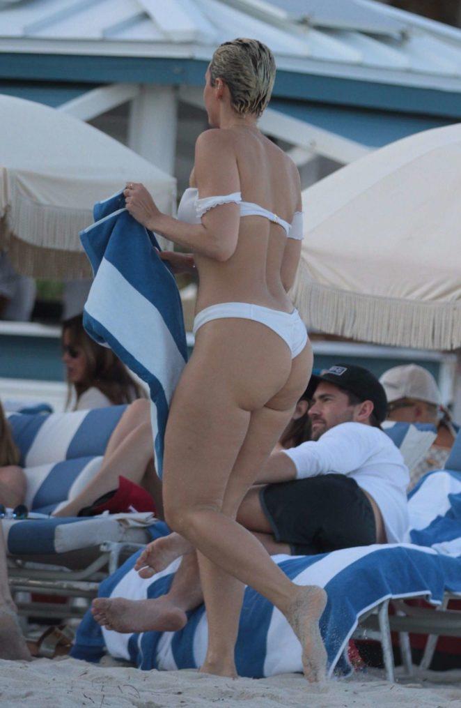 YesJulz in White Bikini 2017 -80