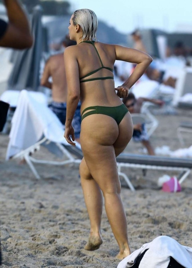 Candid booty beach booty latina ass 2