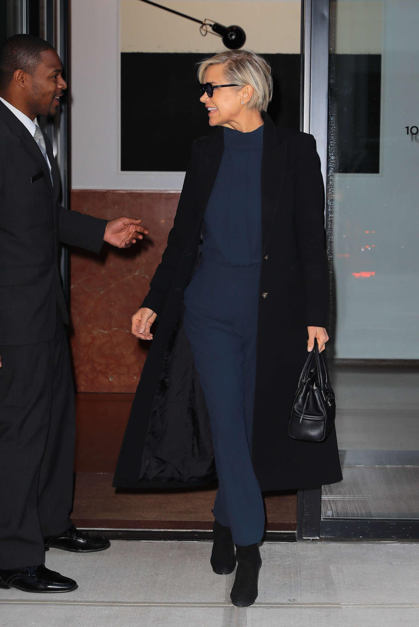 Yolanda Hadid 2016 : Yolanda Hadid Leaves home in New York -03