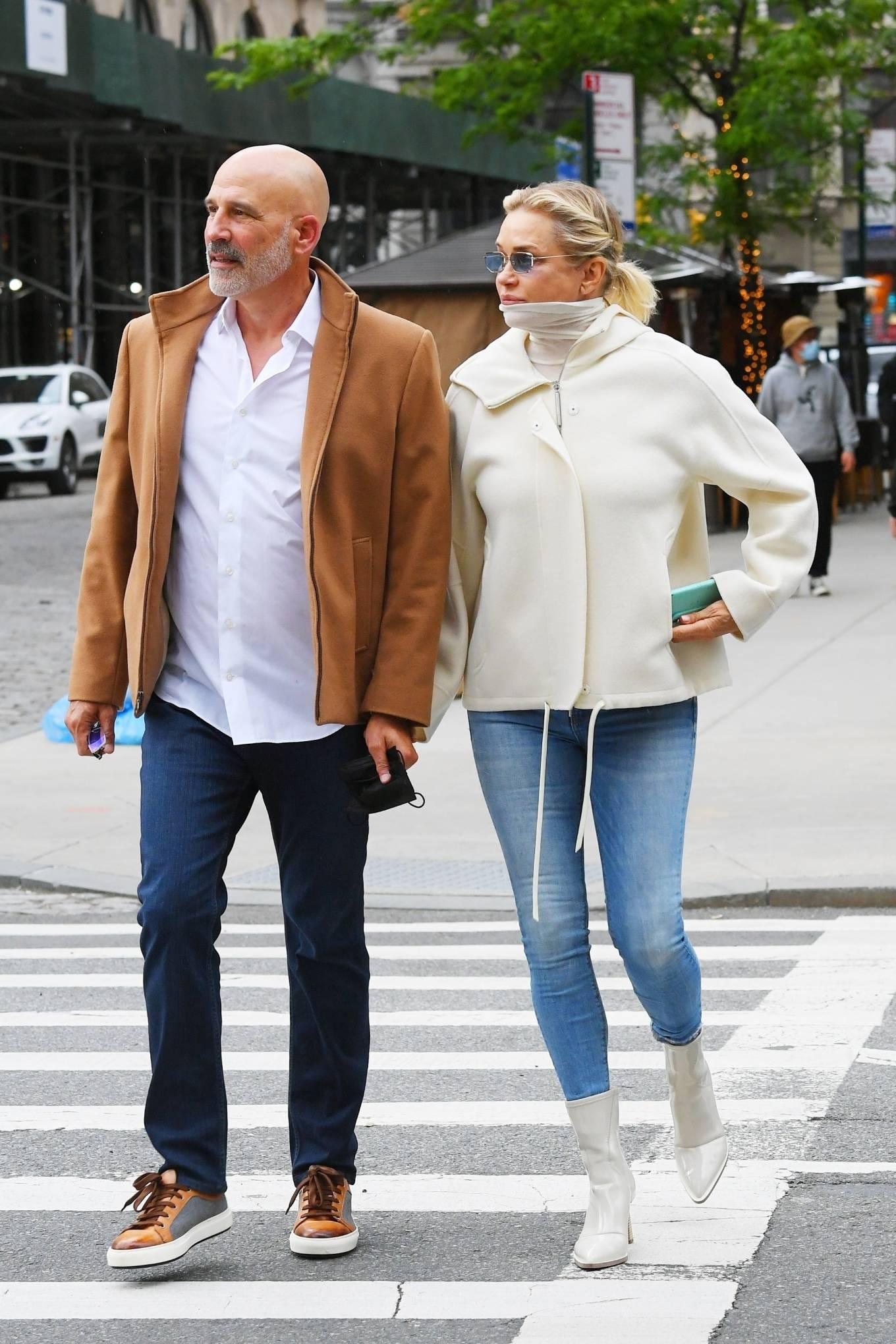 Yolanda Hadid 2021 : Yolanda Hadid – Seen leaving her apartment in New York-15
