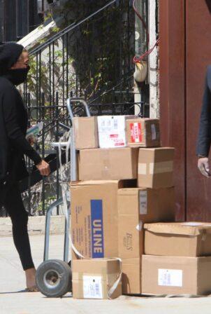 Yolanda Hadid - Seen outside of Gigi's apartment in New York