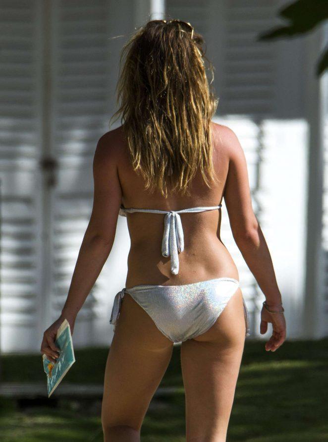 World s best looking nude woman
