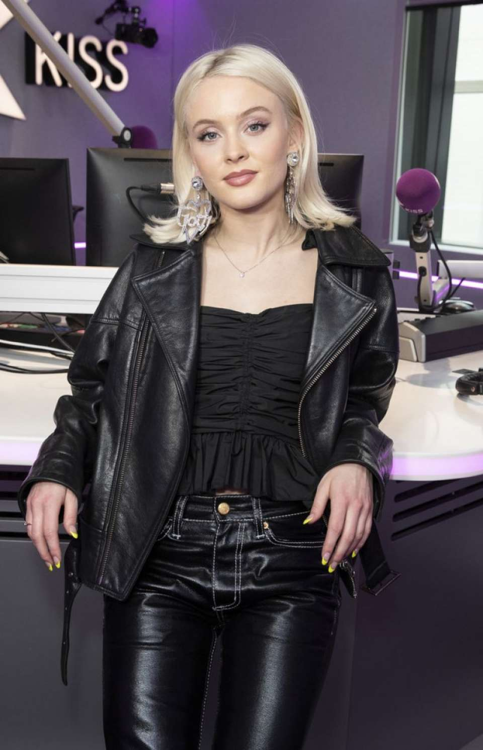 Zara Larsson Kiss Fm Studio In London Gotceleb