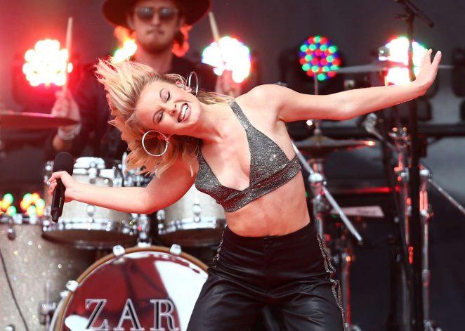 Zara Larsson: Performs at 2017 MTV Movie And TV Awards -25