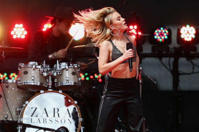 Zara Larsson: Performs at 2017 MTV Movie And TV Awards -27