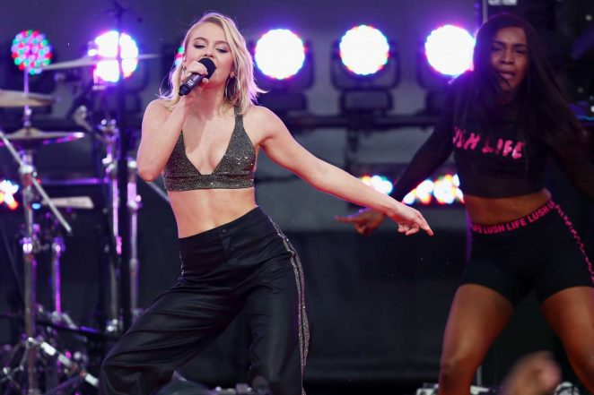 Zara Larsson: Performs at 2017 MTV Movie And TV Awards -34