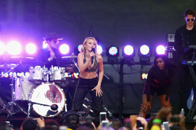 Zara Larsson: Performs at 2017 MTV Movie And TV Awards -35