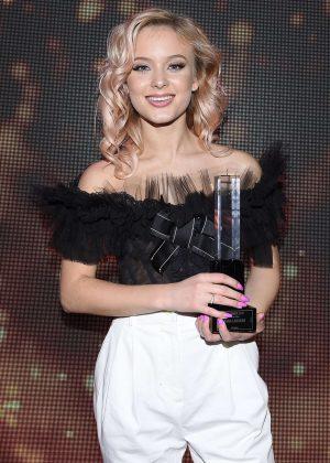 Zara Larsson - Swedish Grammy Awards 2017 in Stockholm