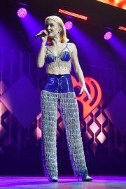 Zara Larsson - Y100 Jingle Ball 2019 in Sunrise