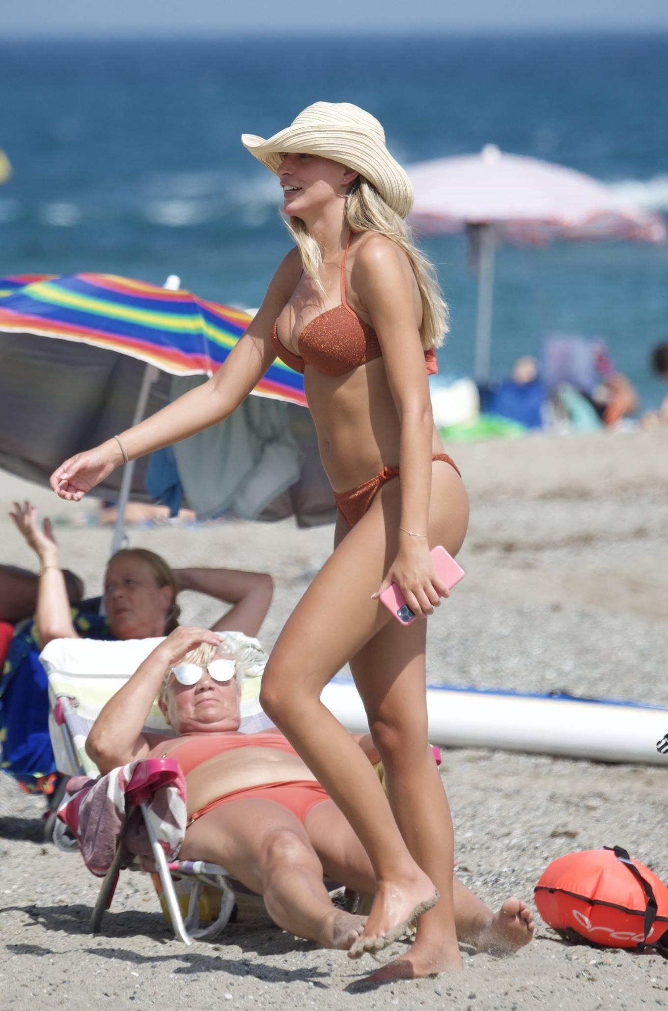 Zara McDermott 2020 : Zara McDermott in Bikini 2020-15