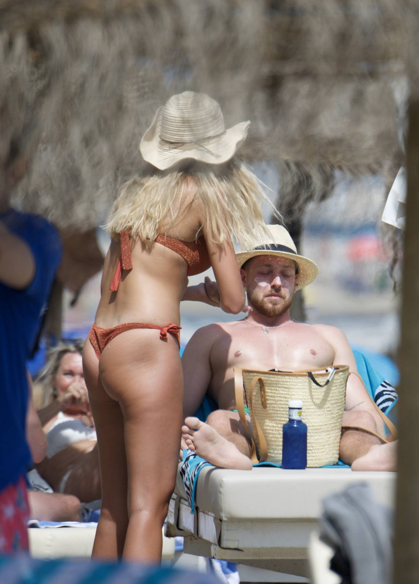 Zara McDermott 2020 : Zara McDermott in Bikini 2020-25