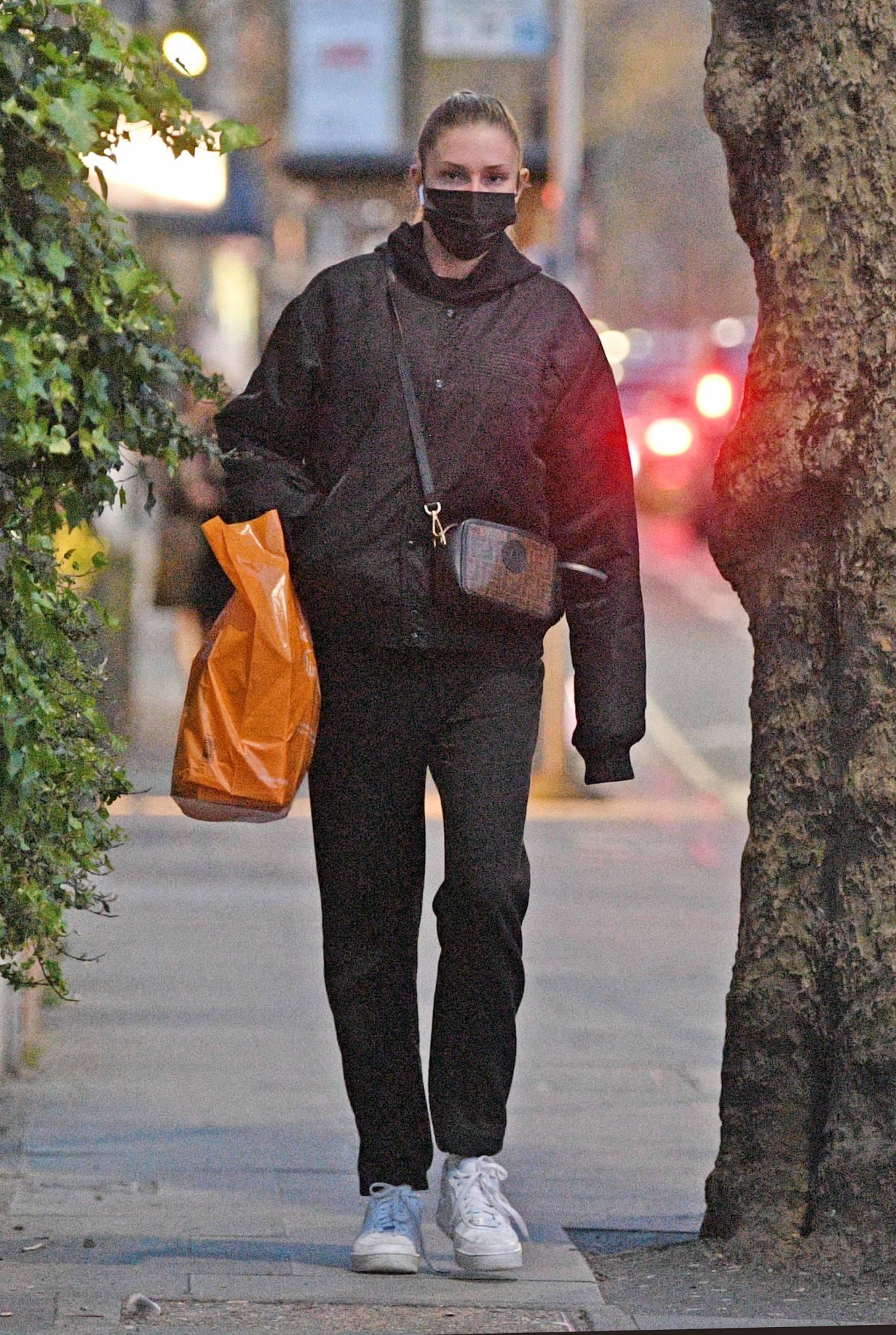 Zara McDermott 2021 : Zara McDermott – Is seen leaving Sainsburys in West London-05