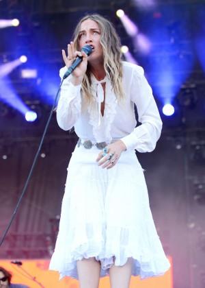 Zella Day - 2015 iHeartRadio Music Festival in Las Vegas