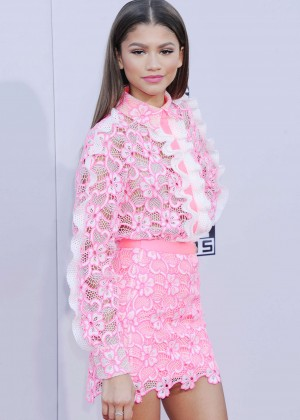 Zendaya - 2015 American Music Awards in Los Angeles