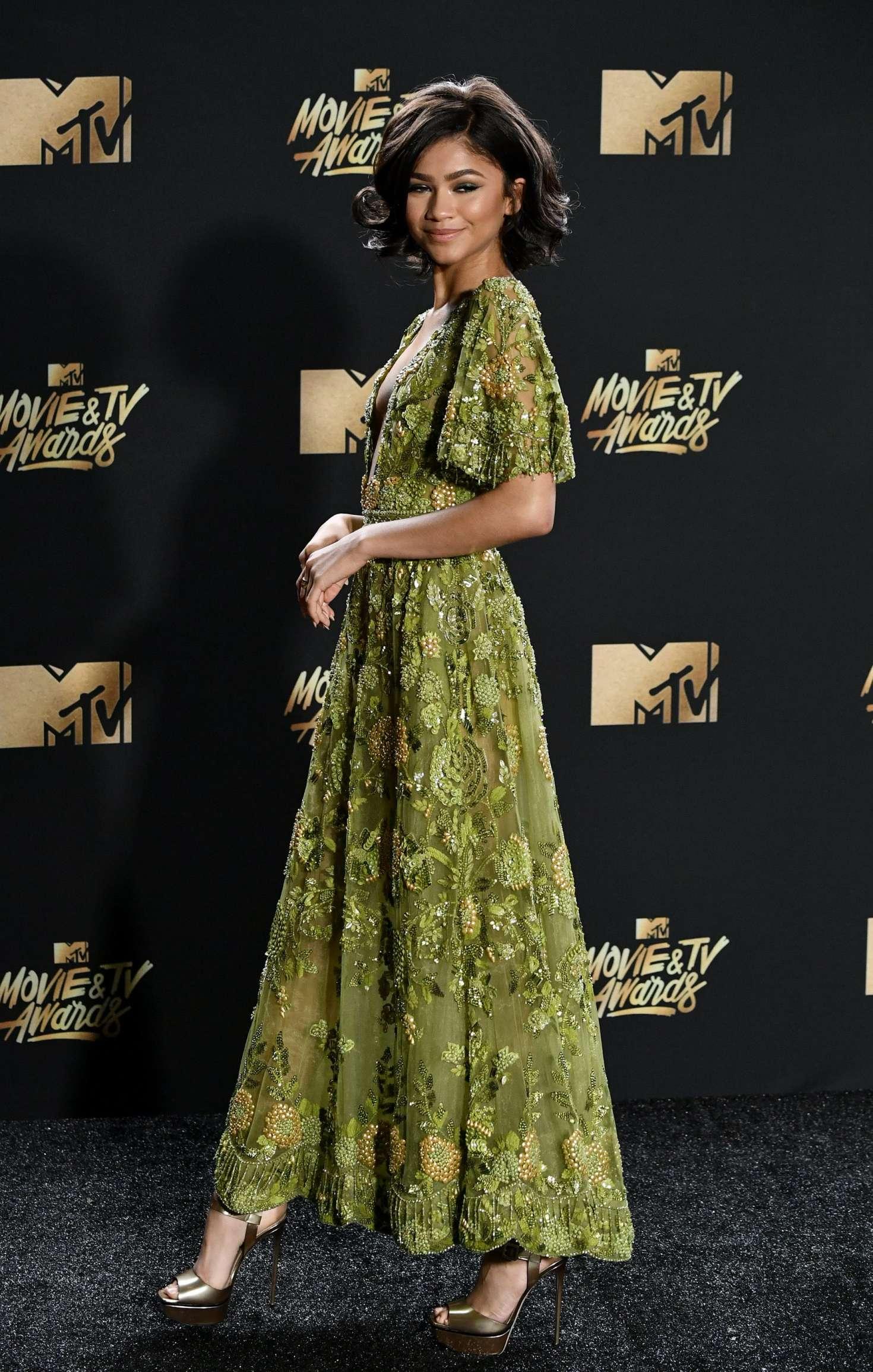 Zendaya 2017 Mtv Movie And Tv Awards 07 Gotceleb