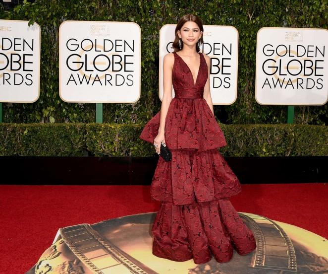 Zendaya: 2016 Golden Globe Awards -04