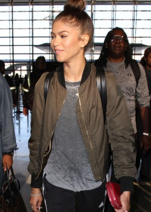 Zendaya - Arriving at LAX airport in Los Angeles