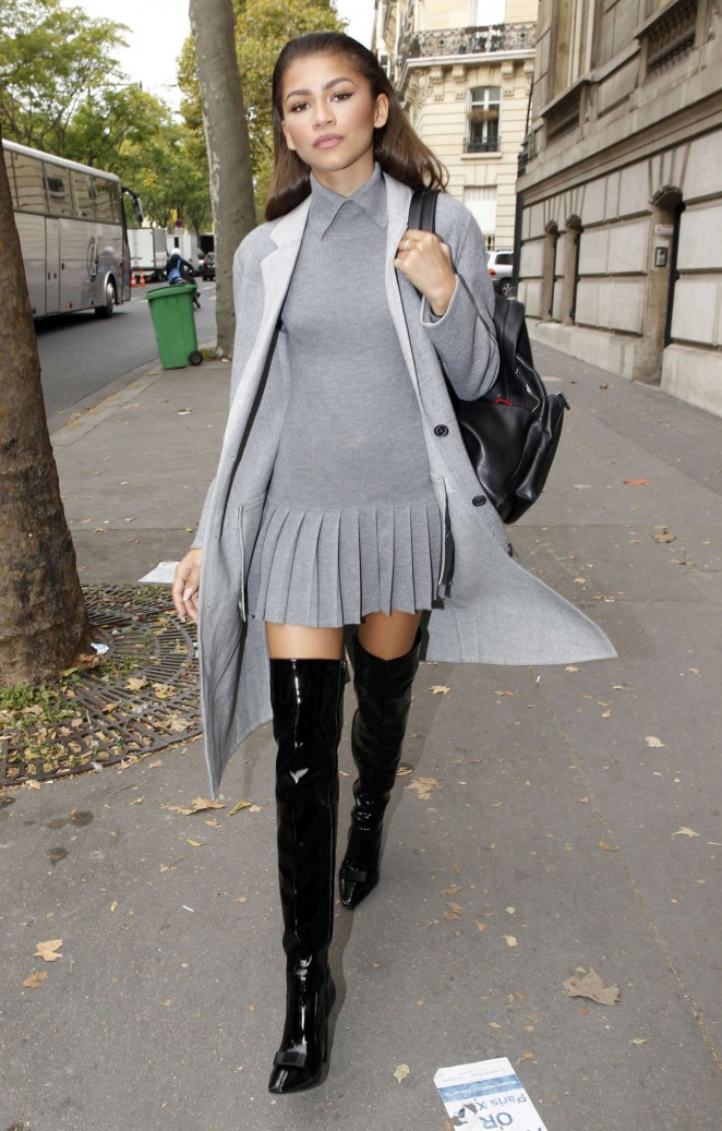 Zendaya In Mini Dress At Fashion Week In Paris