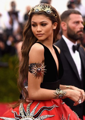 Zendaya - 2015 Costume Institute Gala in NYC