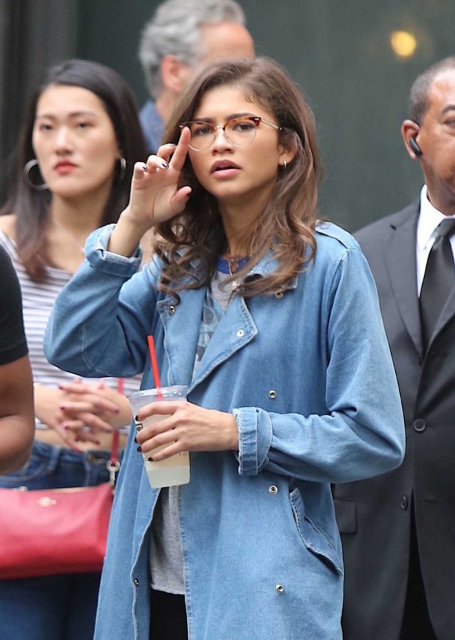 Zendaya Coleman – Seen shopping in NYC