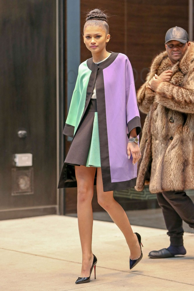 Back to post Zendaya in Mini Dress Leaving her hotel in NYC