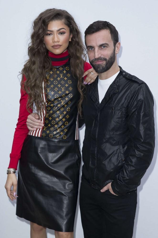 Zendaya: Louis Vuitton Fashion Show 2016 -06