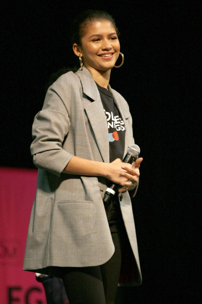 Zendaya - Michelle Obama Hosts the 5th National College Signing Day in Philadelphia