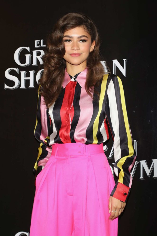 Zendaya - The Greatest Showman Press Conference in Mexico City