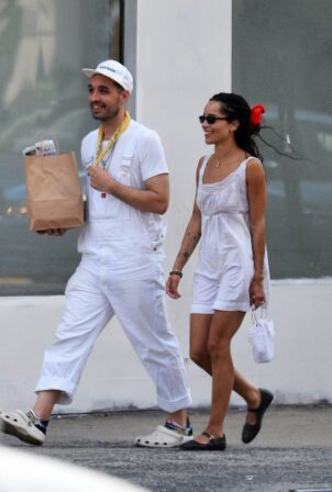 Zoë Kravitz - With a friend out in New York