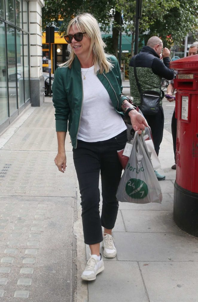 Zoe Ball - Arrives To Her BBC Radio Show In London