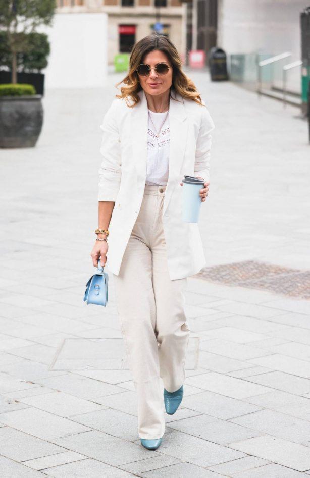 Zoe Hardman - Steps out in summer whites in London