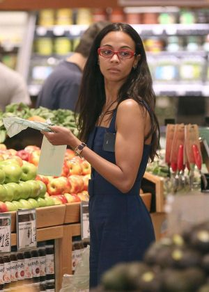 Zoe Saldana - Shopping at Whole Foods in Beverly Hills