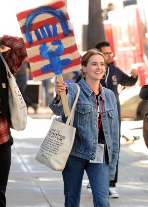 Zoey Deutch - 2018 Women's March in Los Angeles