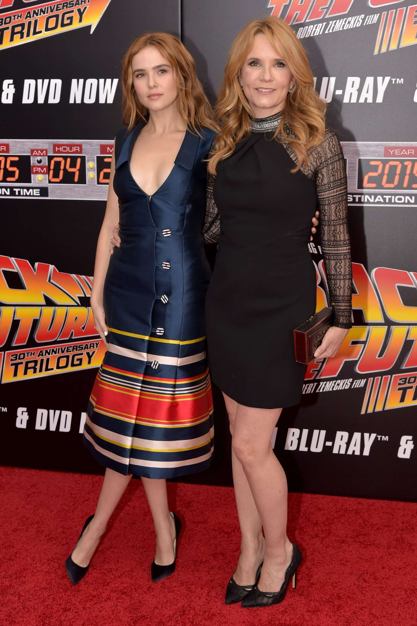 Zoey Deutch 2015 : Zoey Deutch and Lea Thompson: Back To The Future NY Screening -04