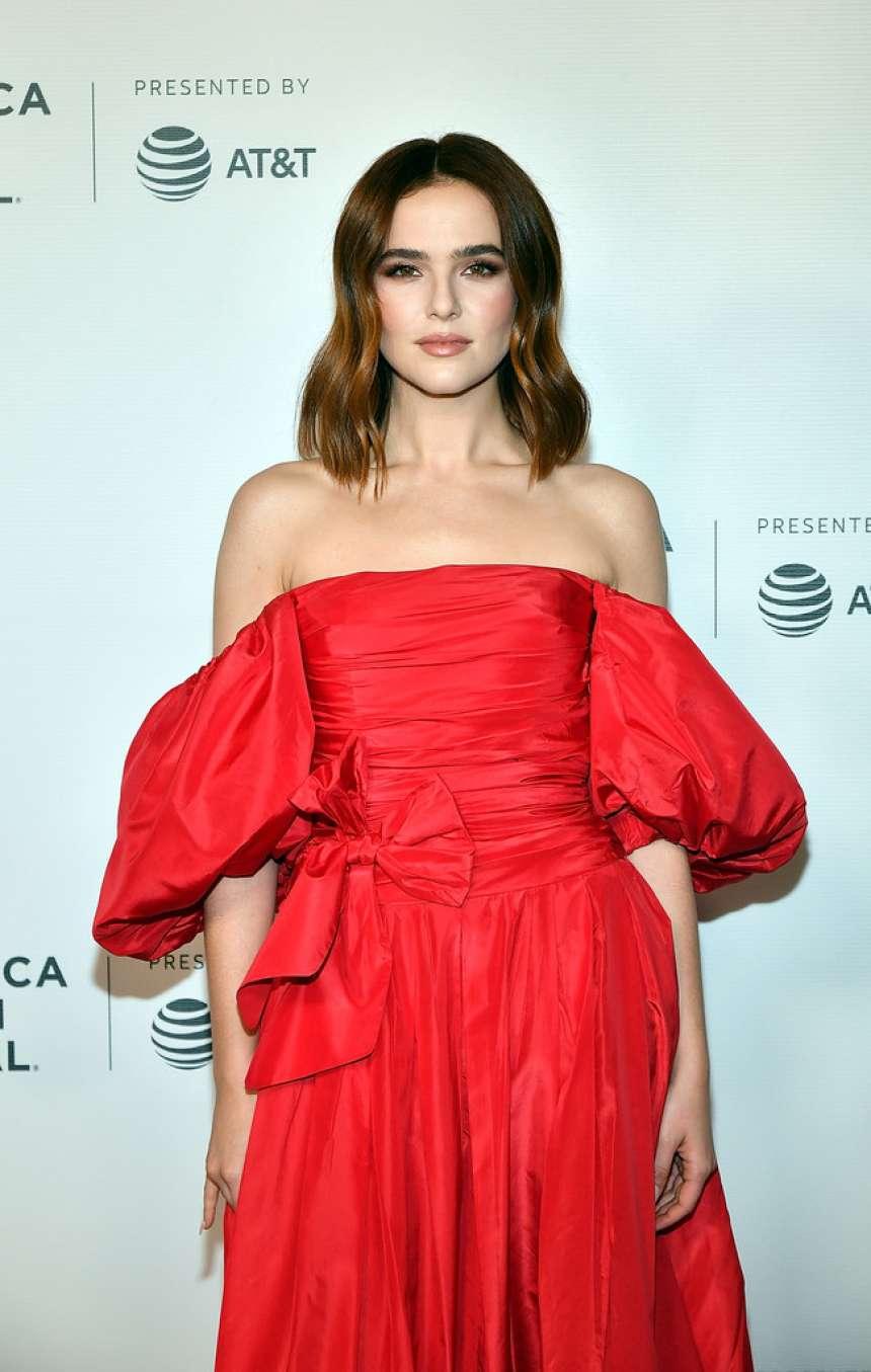 Zoey Deutch - 'Buffaloed' Premiere at 18th Annual Tribeca Film Festival in NYC